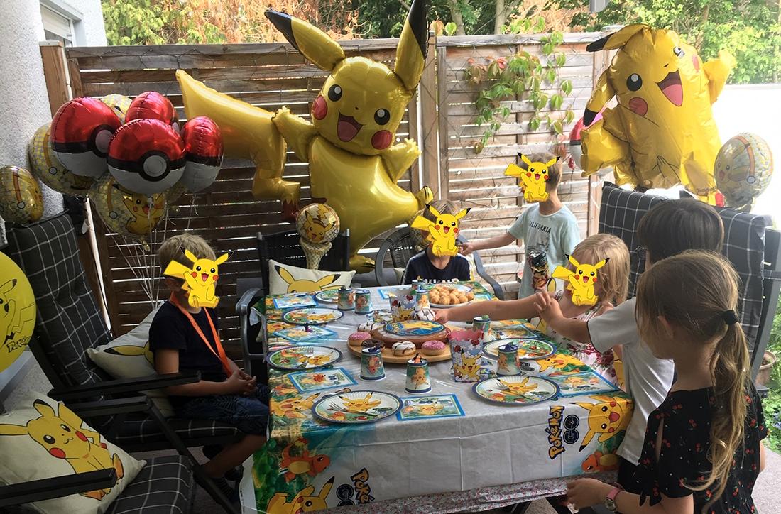 Dekoration zur Pokémon Geburtstagsparty
