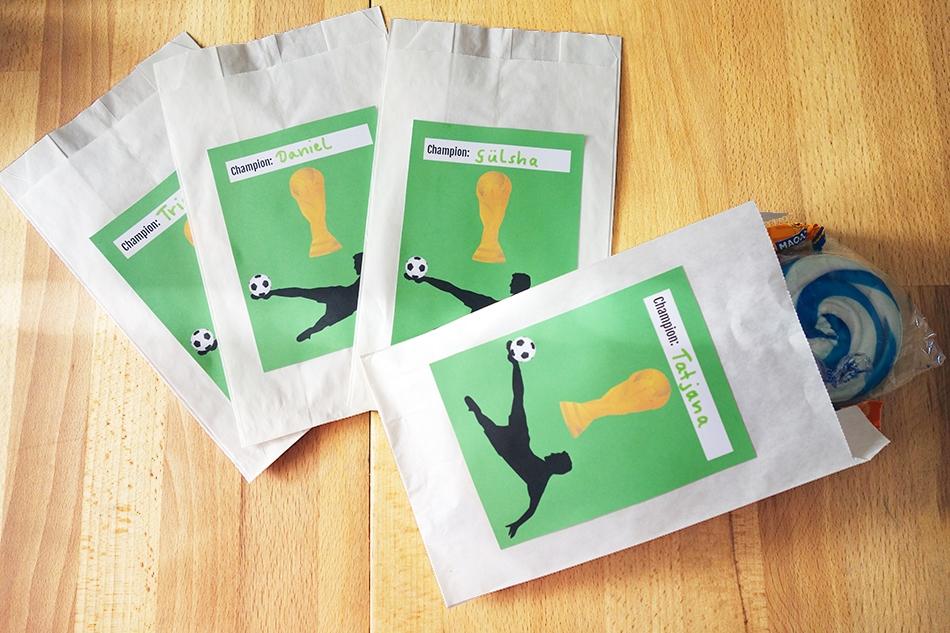 Fußballgeburtstag Mitgebseltüten Etiketten